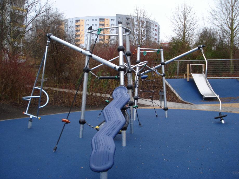 Klettergerüst Metall : Spielplätze im stadtteil melchendorf erfurt.de