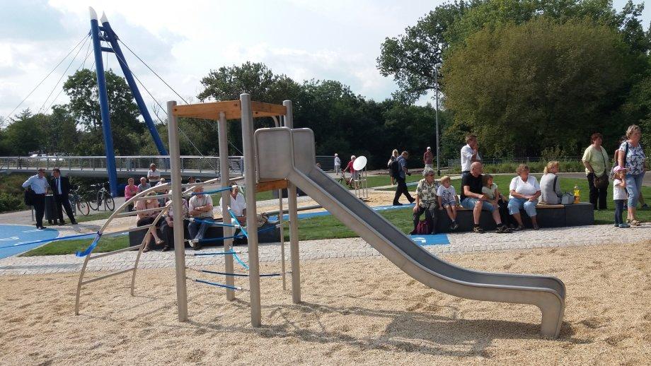 Klettergerüst Englisch : Spielplätze im stadtteil ilversgehofen erfurt.de