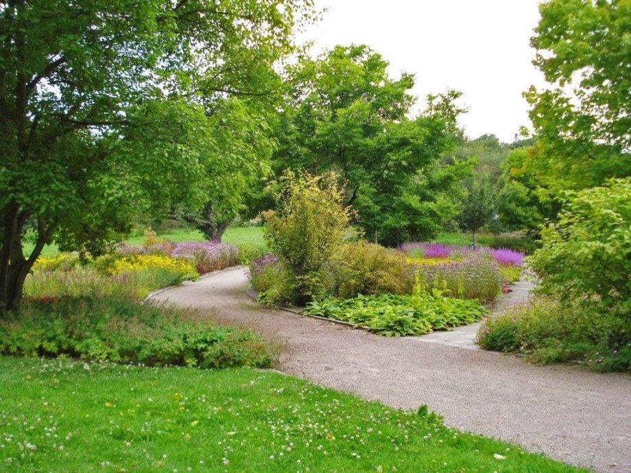 Landschaftsgärtner Im Garten Und Friedhofsamt Erfurt Erfurtde